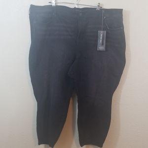 NWT TORRID Black High Rise Skinny Jeans